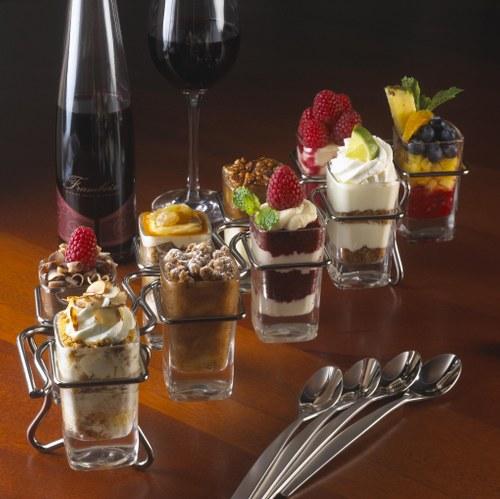 small parfait desserts