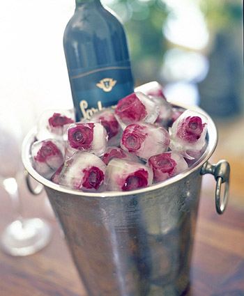 rose ice cubes wedding DIY