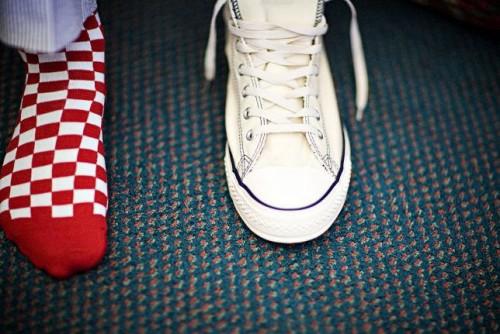 Groom-in-Converse-Sneakers