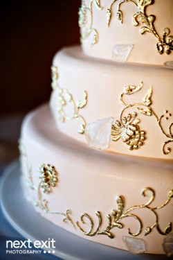 Wedding-Cake-with-Gold-Scrollwork