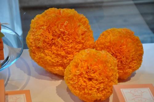 orange-diy-tissue-paper-pomanders