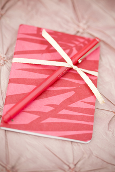journal and pen wedding favors