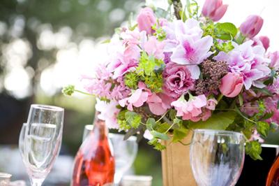 rose tablescape