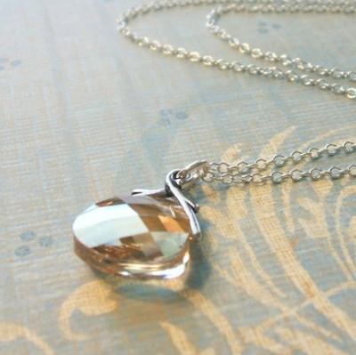 mia beads necklace