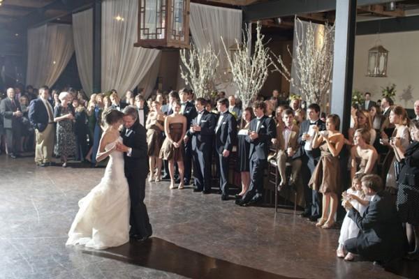 dance-reception-decor