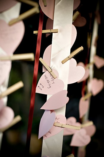 heart-clothesline-guestbook-2