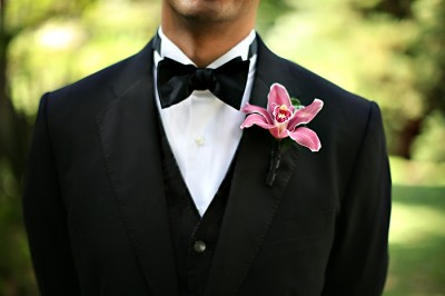 pink-orchid-boutonniere
