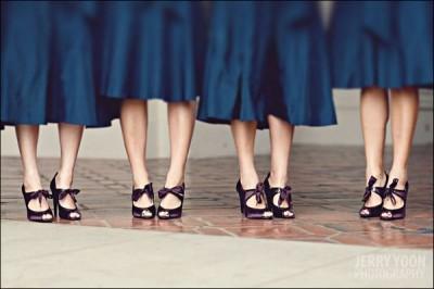 purple-bridesmaids-shoes-blue-bridesmaids-dresses