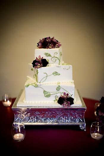 purple-white-green-wedding-cake