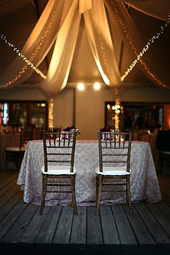 silver-pintuck-linens-sweetheart-table