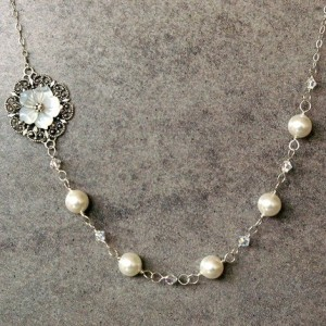 flora-bella-necklace