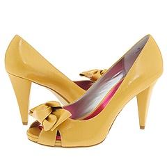 Found: Yellow shoes! - Elizabeth Anne Designs: The Wedding Blog