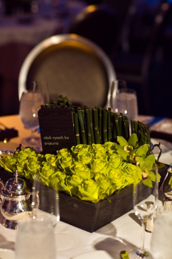 bamboo-and-chartreuse-rose-centerpiece
