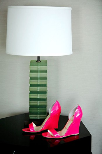 hot-pink-shoes-wedding