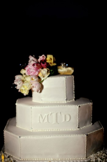 monogrammed-cake-with-floral-accents