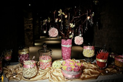 pink-and-yellow-candy-buffet-1