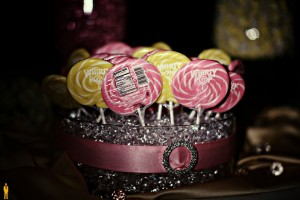 pink-and-yellow-candy-buffet-6