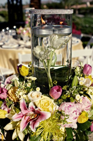 pink-yellow-white-centerpieces