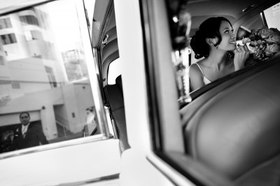 vintage-getaway-car-wedding