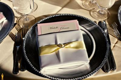 yellow-napkin-wrap