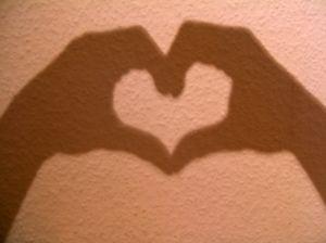 617861_heart_shadow