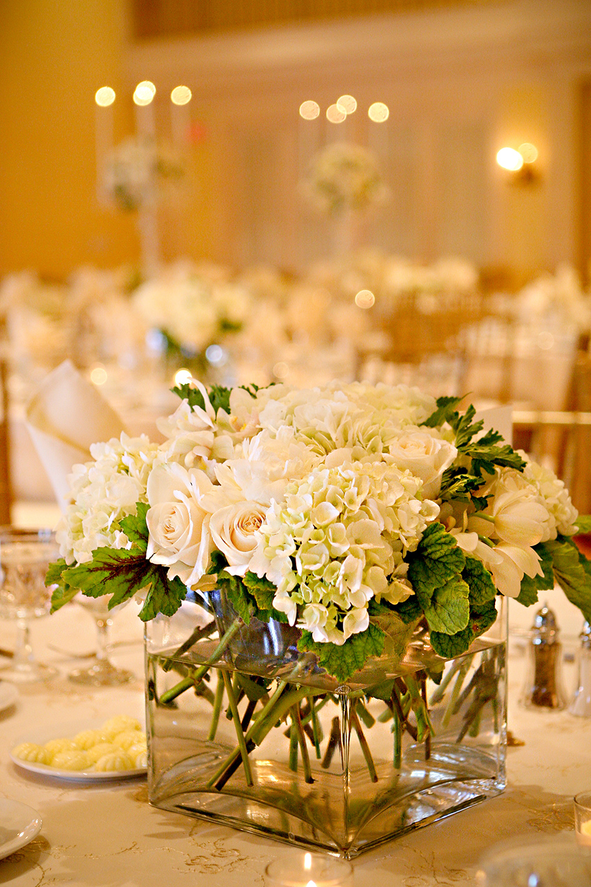 Hydrangea rose centerpiece elizabeth anne designs the