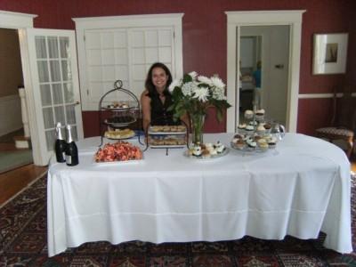 maria-at-dessert-table