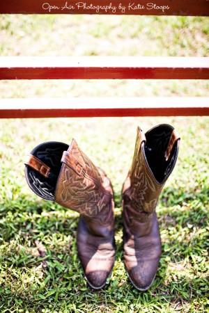 cowboy-boots-wedding