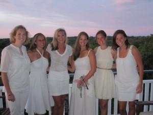girls-in-white