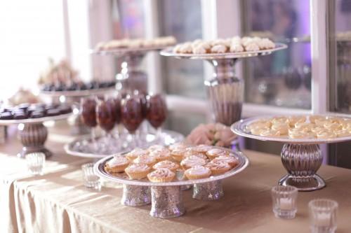 mini-dessert-buffet1