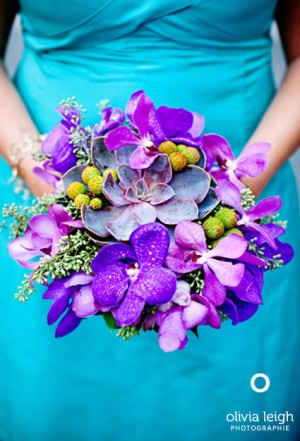 purple-and-green-bouquet-with-succulents