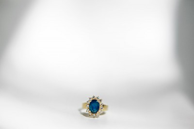 blue-gold-wedding-ring