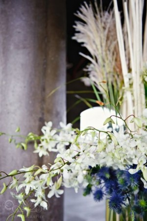 ceremony-flowers-blue-white-green