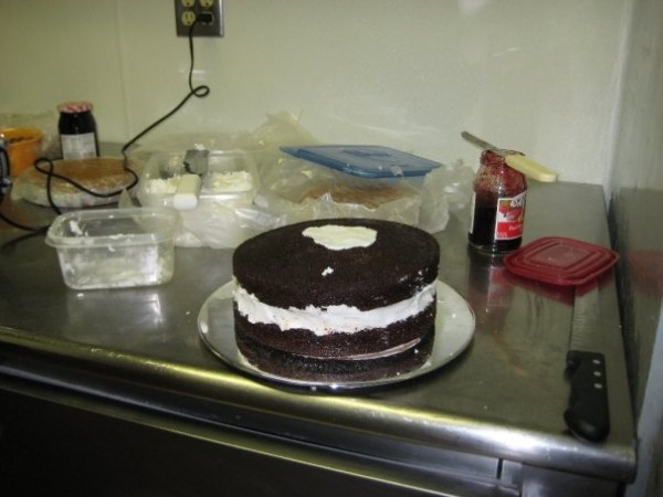 making-own-wedding-cake