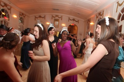 7afcf2ef party-hats-wedding - Elizabeth Anne Designs: The Wedding Blog