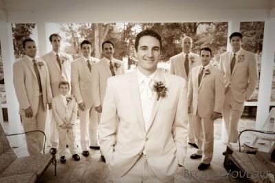 groom_and_groomsmen