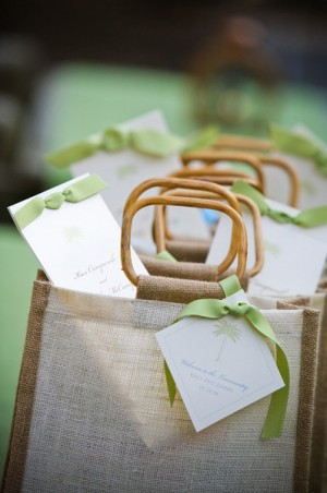 destination-wedding-gift-welcome-bags