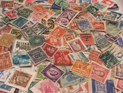 vintage-stamps-wedding-invitations-8