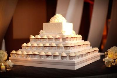 white-cupcake-tower