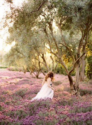 bride-lavender-field