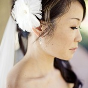 bride-white-hair-flower