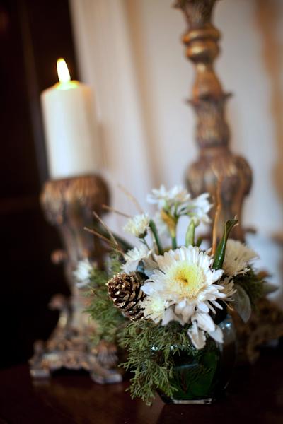 brown-green-white-wedding-decor