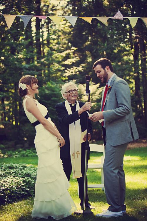 bunting-wedding-ceremony-decor
