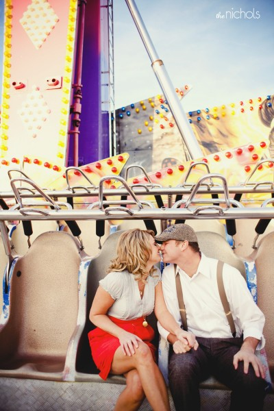 carnival-rides-engagement-photos
