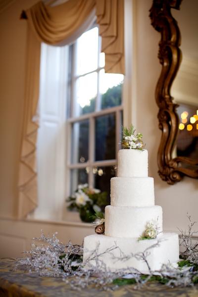 crystallized-sugar-white-wedding-cake