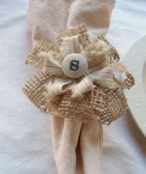 diy-monogram-burlap-napkin-ring