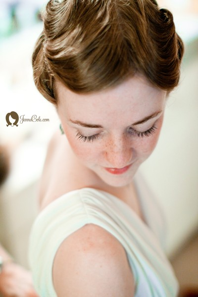 freckle-face-bride-pinup-hair