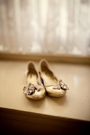 gold-ballet-flats