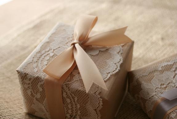 Wedding Gift Wrapping: Elizabeth Anne Designs: The