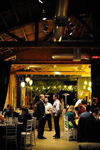 marvimon-house-indoor-outdoor-wedding-reception